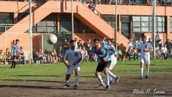 Cientos de deportistas confraternizaron en Homenetmen