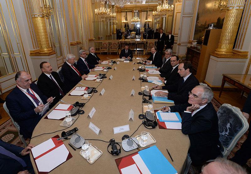 Reunión entre los presidentes Hollande, Sarkissian y Aliev