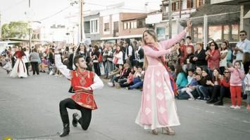 Danzas armenias en Berisso