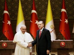 El-papa-Francisco-Erdogan