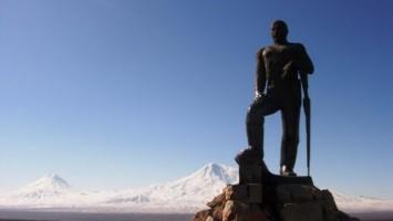 Kevork Chavush.Otro monumento.