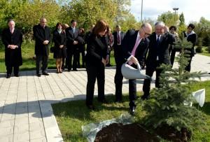 Canciller Timerman y su par de Armenia junto a diputados en homenaje a Néstor Kirchner
