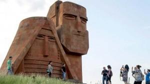Karabagh monumento