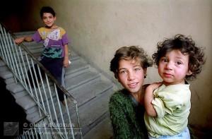 chicos-armenios
