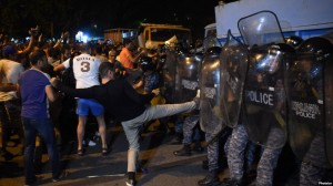 Erevan disturbios 1