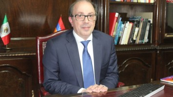 Embajador-de-Armenia-Ara Ayvazyan