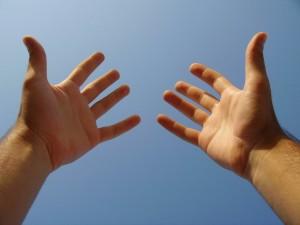 manos heroes