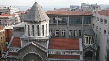 Bolis escuela armenia
