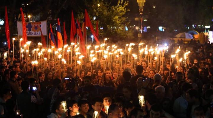 Marcha de antaorchas Erevan