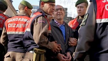 Dogan-detenido
