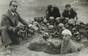 genocidio_fosas-comunes-1