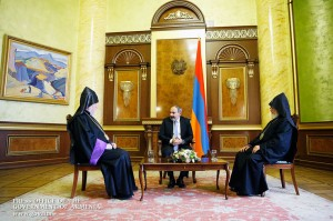 Pashinian-Aram-Karekin
