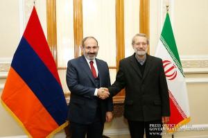 Pashinian-Ali-Larijani