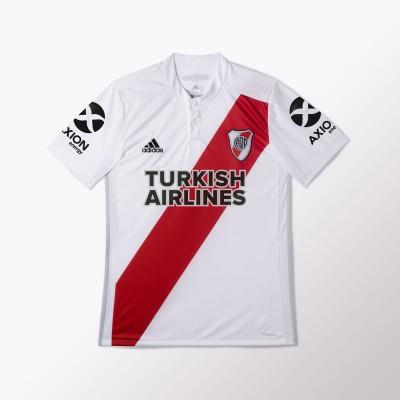 Camiseta de River con Turkish Airlines