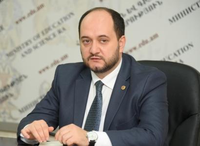 Carta abierta al Ministro de Educación de Armenia - Diario Armenia